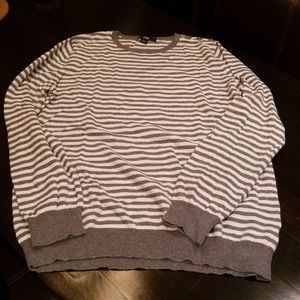 AK gray/wht striped sweater size XL